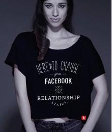 Relationship status + Poster cu autograf CADOU